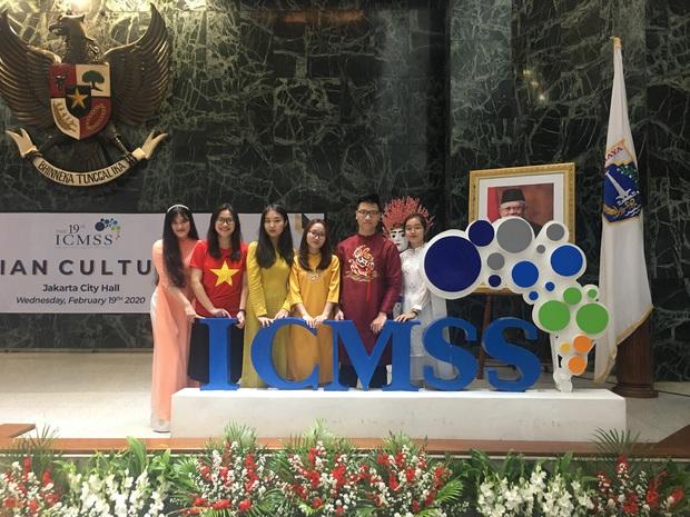 Sinh viên Học viện Ngân Hàng giành giải thưởng tại Hội thảo khoa học quốc tế: Đề tài mang tính thực tiễn, được đánh giá cao - Ảnh 1.