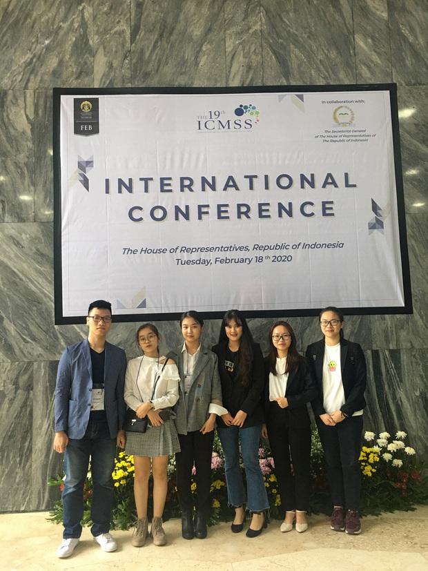 Sinh viên Học viện Ngân Hàng giành giải thưởng tại Hội thảo khoa học quốc tế: Đề tài mang tính thực tiễn, được đánh giá cao - Ảnh 2.