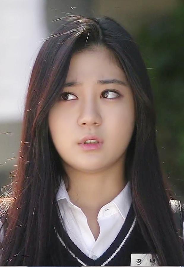 Sao nhí từng được Hyun Bin cưng chiều trong Tôi là Kim Sam Soon giờ đã lột xác ngoạn mục sau 15 năm: Khác gì idol đâu? - Ảnh 14.