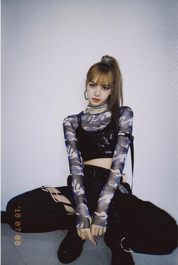 Vừa tung bộ ảnh sinh nhật, Lisa (BLACKPINK) đã khiến 3 triệu người ngất ngây vì vẻ đẹp nữ tính: Nhìn là muốn yêu luôn! - Ảnh 7.