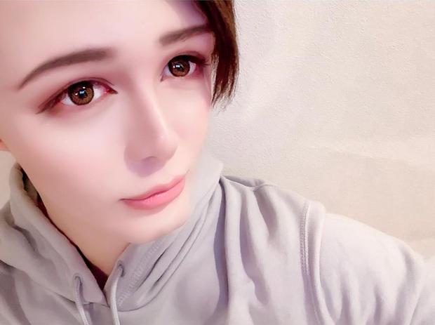Trùng tu toàn bộ gương mặt, hình ảnh bây giờ của Búp bê Ken mặt rắn giàu có nức tiếng Nhật Bản ra sao? - Ảnh 10.