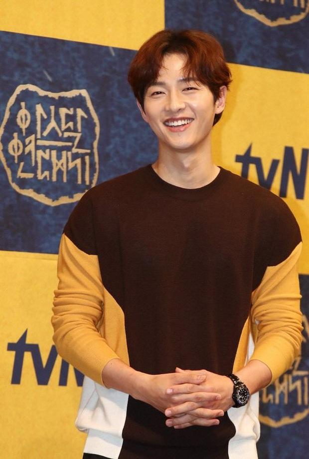 Vẫn đang còn tự cách ly, Song Joong Ki đã rục rịch tái xuất màn ảnh rộng? - Ảnh 2.