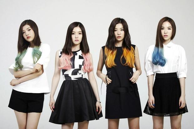 Lúc mới debut tóc tai màu mè là thế, Red Velvet giờ chỉ chuộng màu tóc trầm nền nã, đơn giản mà sang hơn gấp bội - Ảnh 1.