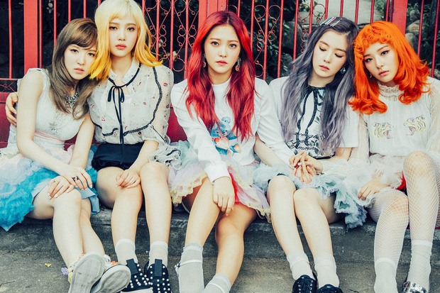 Lúc mới debut tóc tai màu mè là thế, Red Velvet giờ chỉ chuộng màu tóc trầm nền nã, đơn giản mà sang hơn gấp bội - Ảnh 3.