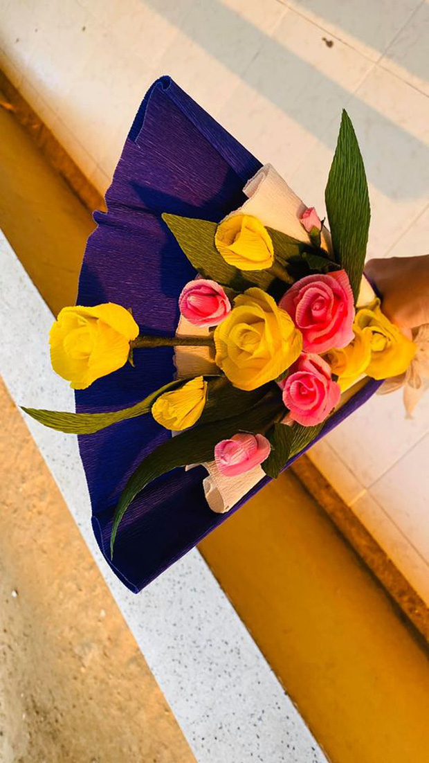 Võ Hoàng Yến chuẩn bị hoa cho cặp đôi kỉ niệm 4 năm ngày cưới trong khu cách ly: Chị có tâm, chị không đi hóng biến! - Ảnh 4.