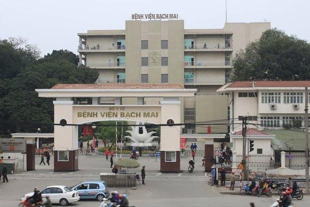BV Bạch Mai tạm dừng đón tiếp bệnh nhân, cách ly toàn bộ bệnh viện sau khi ghi nhận 8 ca nhiễm Covid-19 - Ảnh 1.