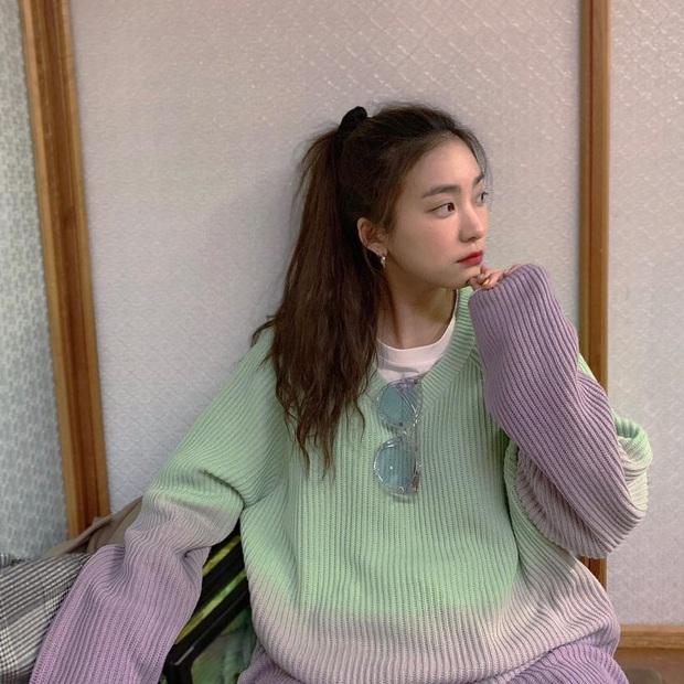 """Áo loang màu xinh cool """"level max"""" lên ngôi nên từ idol đến hot girl đều diện ầm ầm, bạn chưa kịp hóng thì tụt hậu quá rồi - Ảnh 5."""