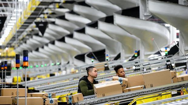 4 ngành nghề tuyển thêm hàng trăm ngàn nhân công giữa giai đoạn kinh tế buồn vì đại dịch Covid-19 - Ảnh 1.