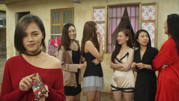 4 phim châu Á bóc mẽ cuộc đời gái làng chơi, xem hết mới biết Quỳnh Búp Bê còn hiền chán! - Ảnh 4.
