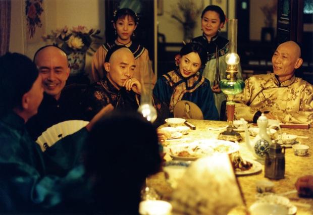 4 phim châu Á bóc mẽ cuộc đời gái làng chơi, xem hết mới biết Quỳnh Búp Bê còn hiền chán! - Ảnh 11.
