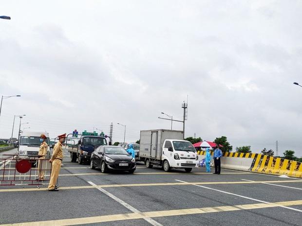 Dừng các tuyến vận tải hành khách cố định của 24 tỉnh, thành đi và đến Hải Phòng - Ảnh 2.