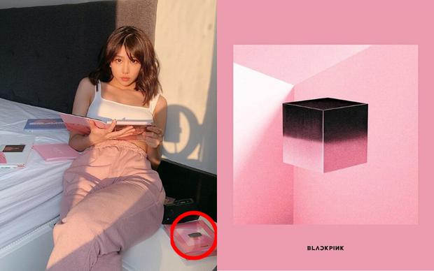 Min đăng 7 tấm ảnh ở nhà: ai dán mắt vào body sexy thì cứ việc, riêng fan Kpop dành trọn sự chú ý vào album IU, Taeyeon, BLACKPINK bày xung quanh - Ảnh 8.