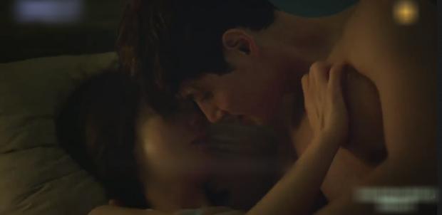Phim kế sóng Tầng Lớp Itaewon khai màn cảnh nóng cực bạo, Kim Hee Ae bắt bài chồng cặp bồ gắt hơn cả Jang Nara trong Vị Khách VIP? - Ảnh 4.