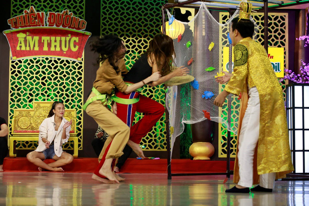 Không chỉ trong khu cách ly mà Võ Hoàng Yến còn vô cùng lầy lội trên các show truyền hình! - Ảnh 20.