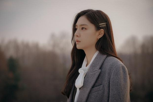8 diễn viên phụ nổi bật phim Hàn đầu 2020: Kwon Nara gây tranh cãi dữ dội, chị đẹp Triều Tiên rút cạn nước mắt dân tình - Ảnh 8.