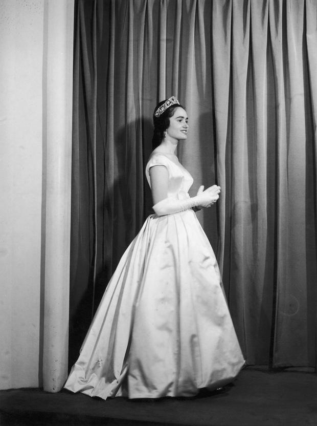 Công chúa Tây Ban Nha qua đời vì Covid-19, trở thành nhân vật hoàng gia đầu tiên tử vong kể từ đầu dịch bệnh - Ảnh 2.