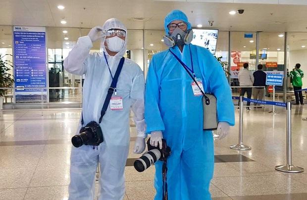 Câu chuyện về các phóng viên lăn xả vào điểm nóng để có được những hình ảnh, tin bài chân thực nhất về tình hình dịch Covid-19 tại Việt Nam - Ảnh 6.