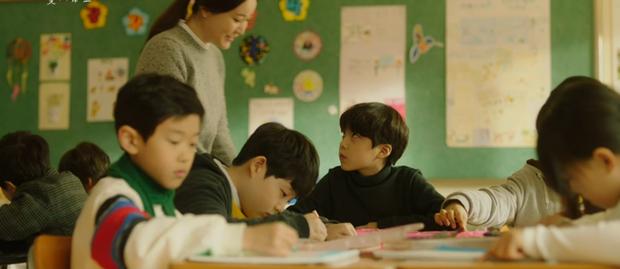 3 thuyết âm mưu giật mình ở nửa cuối Trời Đẹp Em Sẽ Đến: Seo Kang Joon là con tài phiệt, 3 năm mất tích đi tìm mẹ đẻ? - Ảnh 7.