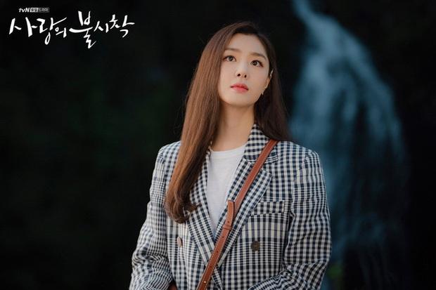 8 diễn viên phụ nổi bật phim Hàn đầu 2020: Kwon Nara gây tranh cãi dữ dội, chị đẹp Triều Tiên rút cạn nước mắt dân tình - Ảnh 7.