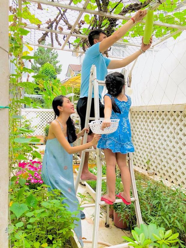 Ở nhà mùa này, nhìn dàn mỹ nhân Việt trổ tài vào bếp xứng danh vợ đảm mà tròn mắt: Đặc biệt là dâu nhà hào môn Hà Tăng! - Ảnh 7.