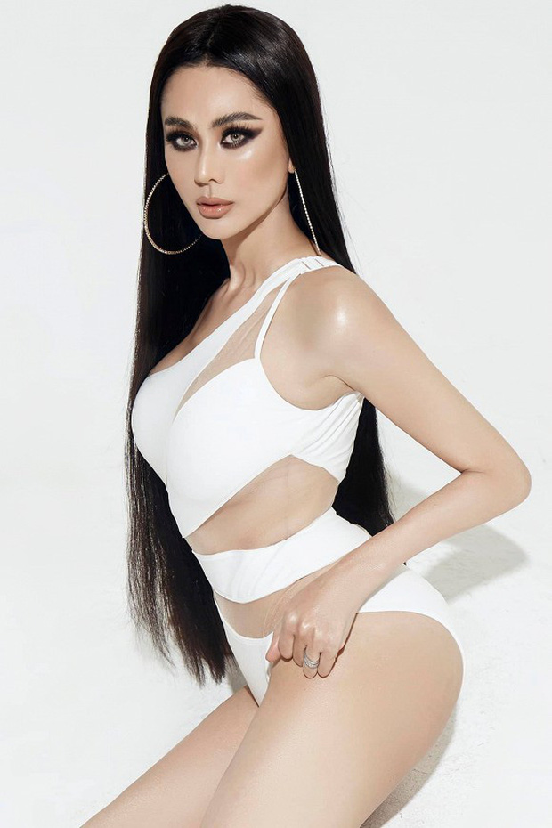Bộ ảnh mới gây sốt của Lâm Khánh Chi: Hiếm lắm mới diện bikini, body tuổi 42 gây bất ngờ vì quá hot - Ảnh 2.