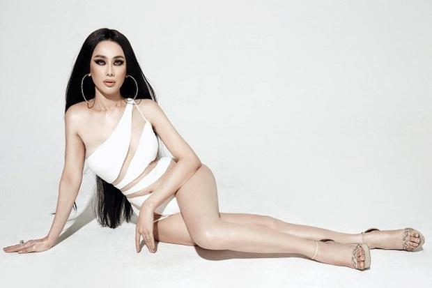 Bộ ảnh mới gây sốt của Lâm Khánh Chi: Hiếm lắm mới diện bikini, body tuổi 42 gây bất ngờ vì quá hot - Ảnh 9.