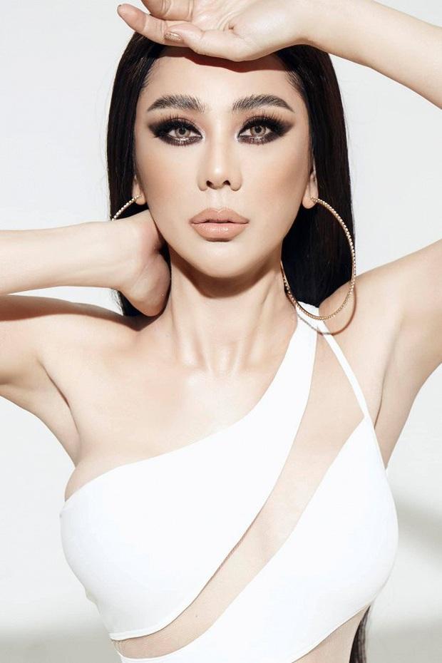 Bộ ảnh mới gây sốt của Lâm Khánh Chi: Hiếm lắm mới diện bikini, body tuổi 42 gây bất ngờ vì quá hot - Ảnh 5.