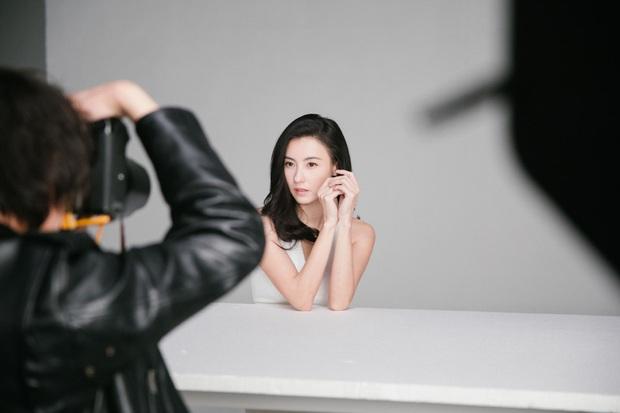 Ảnh hậu trường quảng cáo của Trương Bá Chi khiến dân tình tròn mắt nức nở: Đây là bà mẹ bỉm sữa 3 con sao? - Ảnh 8.