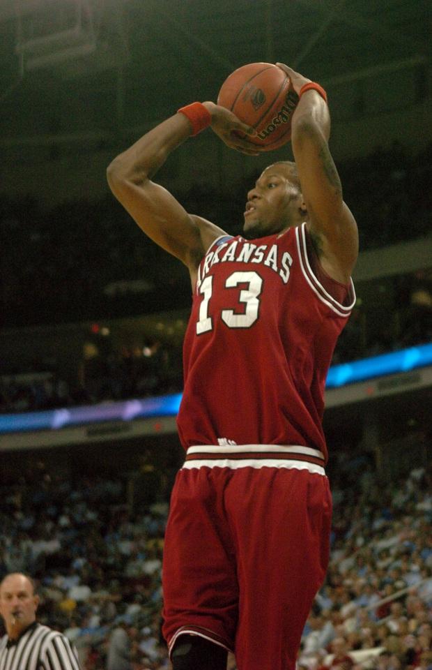 Patrick Beverley thừa nhận nếu không có bóng rổ, anh đã trở thành một gã buôn ma túy khét tiếng - Ảnh 2.
