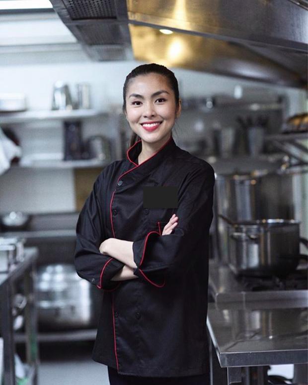 Ở nhà mùa này, nhìn dàn mỹ nhân Việt trổ tài vào bếp xứng danh vợ đảm mà tròn mắt: Đặc biệt là dâu nhà hào môn Hà Tăng! - Ảnh 2.