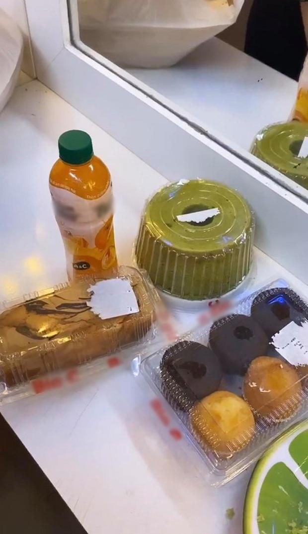 """Hôm trước vừa """"bóc trần"""" vụ giảm cân của Ngô Kiến Huy, hôm sau Sam đã chuyển sang xin ké đồ ăn fan tặng anh Bắp rồi! - Ảnh 6."""