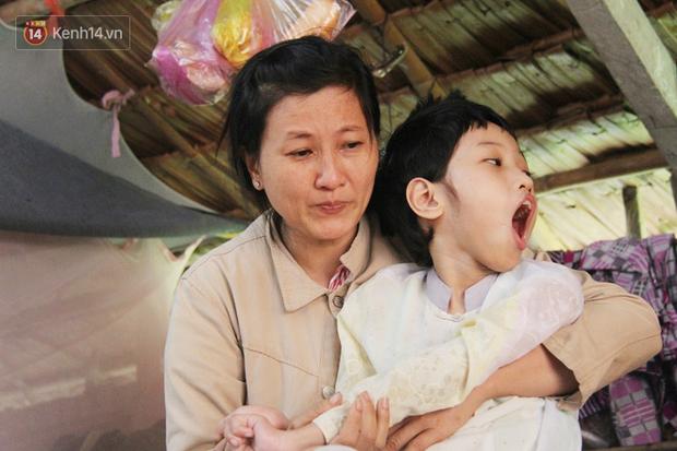 Chê vợ nghèo không xứng, chồng bỏ vợ cùng đứa con trai 9 tuổi bị bại não để đi tìm hạnh phúc mới - Ảnh 7.
