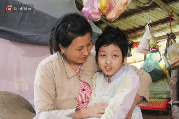 Chê vợ nghèo không xứng, chồng bỏ vợ cùng đứa con trai 9 tuổi bị bại não để đi tìm hạnh phúc mới - Ảnh 2.