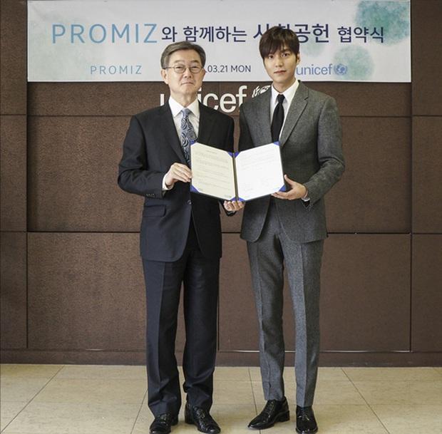 Tài tử hot không tưởng suốt 13 năm Lee Min Ho: Hẹn hò, phát tướng đều tạo trend, nhân cách thật khiến công chúng nể phục - Ảnh 17.