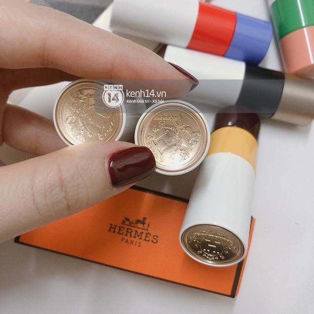 Review độc quyền son Hermès trước ngày mở bán tại VN: Chưa có tiền mua túi Birkin thì mua son là đủ sướng rồi, vì em nó thực sự đỉnh ấy! - Ảnh 10.