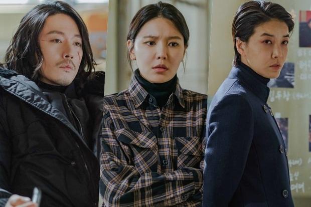 3 chị đẹp idol Hàn lên đời trên màn ảnh 2020: Kwon Nara đại náo Tầng Lớp Itaewon, phim bách hợp của Hani đạt view khủng - Ảnh 1.