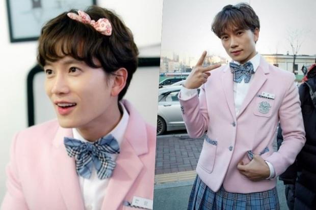 5 màn giả gái thấy cưng trên phim Hàn: Chàng Nokdu đẹp ngất ngây nhưng ám ảnh nhất vẫn là bạn gái Park Seo Joon - Ảnh 4.