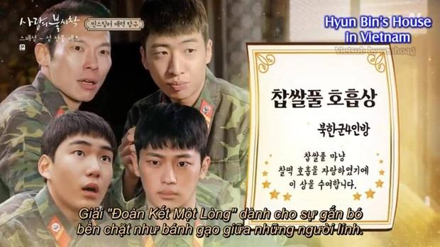 Tập đặc biệt lầy lội Crash Landing on You: Hyun Bin cạn lời vì thím Bắc Hàn, Pyo Chi Su phát hờn vì nụ hôn ngấu nghiến của đội trưởng - Ảnh 1.