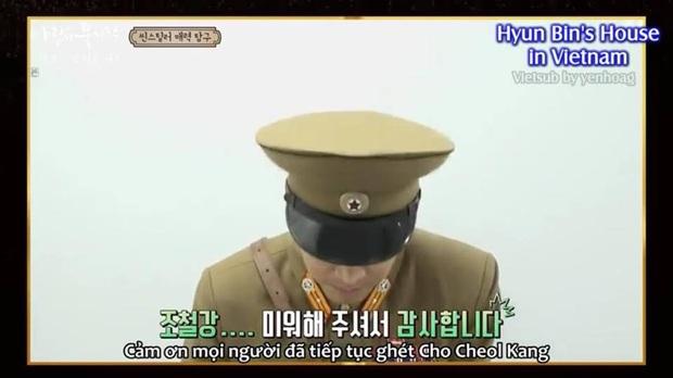 Tập đặc biệt lầy lội Crash Landing on You: Hyun Bin cạn lời vì thím Bắc Hàn, Pyo Chi Su phát hờn vì nụ hôn ngấu nghiến của đội trưởng - Ảnh 8.