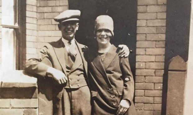 Từng sống sót qua đại dịch cúm Tây Ban Nha và Thế chiến I, cụ bà người Anh đã qua đời chỉ vài giờ sau khi nhiễm Covid-19 - Ảnh 1.