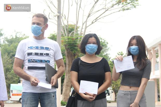 Thêm 3 ca nhiễm Covid-19 tại TP.HCM khỏi bệnh, nam du khách Cộng hòa Czech bày tỏ sự hạnh phúc, biết ơn đất nước Việt Nam - Ảnh 6.