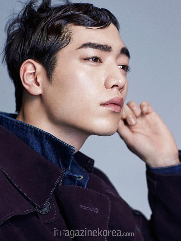 Khi tài tử cực phẩm phải bó tay vì tóc khó đỡ: Song Joong Ki - Hyun Bin hóa thím, ngã ngửa khi kéo đến Park Seo Joon - Ảnh 8.