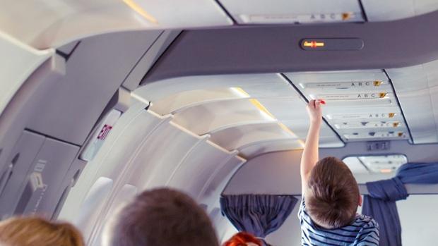 10 điều mà tiếp viên hàng không luôn muốn hành khách biết và tuân theo trong các chuyến bay: Chúng tôi chỉ muốn tốt cho bạn thôi! - Ảnh 2.