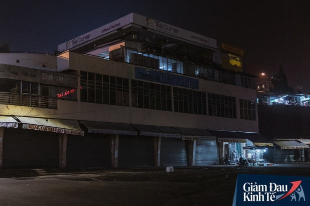 """Tin được không, Đà Lạt đã được trả về một """"thành phố buồn"""" đúng nghĩa: Hàng quán đóng cửa hàng loạt, dòng người lác đác vắng chưa từng thấy - Ảnh 18."""