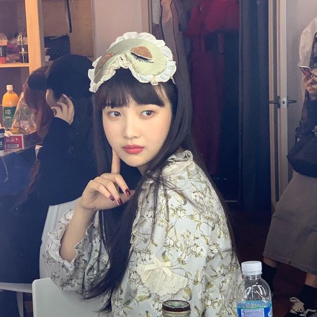 Ngắm thời trang mặc nhà của sao Hàn, bạn sẽ muốn tậu vài ba bộ pyjama ngay vì thoải mái mà vẫn cute thế này cơ mà - Ảnh 5.