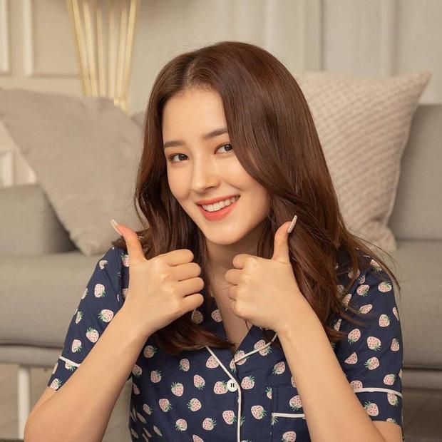 Ngắm thời trang mặc nhà của sao Hàn, bạn sẽ muốn tậu vài ba bộ pyjama ngay vì thoải mái mà vẫn cute thế này cơ mà - Ảnh 3.