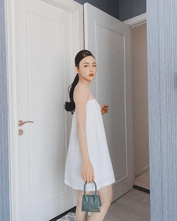 """Muôn kiểu lên đồ của hội gái xinh mùa dịch: Người sống ảo tại gia, người khoe street style khá """"rén"""" - Ảnh 3."""