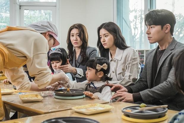 Phim HI BYE, MAMA của Kim Tae Hee hoãn chiếu một tuần vì Covid-19 - Ảnh 2.