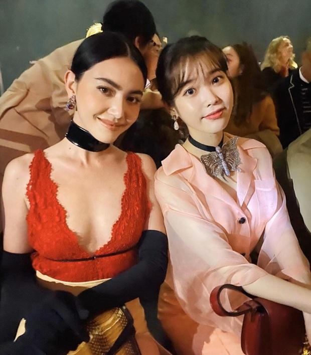 Có 1 mỹ nhân Thái selfie với cả quân đoàn sao thế giới, ai dè chặt chém từ hội Kendall đến dàn nữ thần Hoa, Hàn, Việt - Ảnh 7.