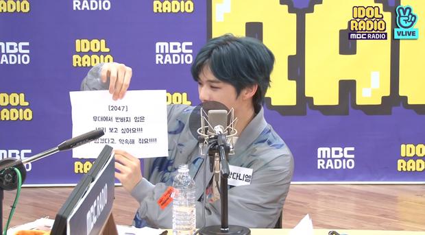 """Kang Daniel thử thách Yoon (WINNER) với vũ đạo """"2U"""", tiết lộ nguồn cảm hứng ẩn sau album mới và thực hiện hàng loạt hành động đáng yêu khiến fan tan chảy - Ảnh 9."""
